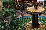 5770456 / Арбузно-дынный фонтан