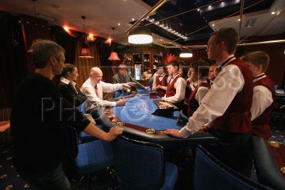 казино мегаполис на 3-ем митинском переулке