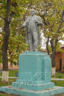 755906 / Памятник Ленину. Памятник Владимиру Ленину во Владикавказе.