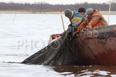 лодка для ловли корюшки