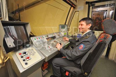 что учиться машинист электропоезда метрополитена в москве возраст специфических