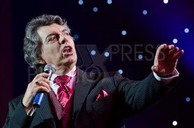 3445008 / Сергей Захаров. Премия `Человек года 2012`. На снимке: певец Сергей Захаров.