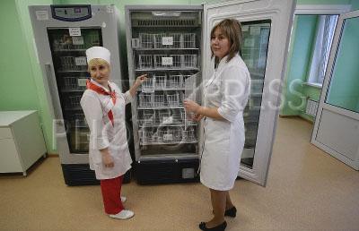 4025160 / Модуль службы крови. Открытие нового высокотехнологичного медицинского модуля службы крови. Холодильные шкафы для хранения крови.