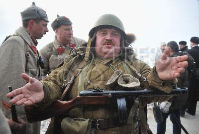 4170678 / Реконструкция битвы под Москвой. Участники реконструкции эпизода битвы под Москвой.