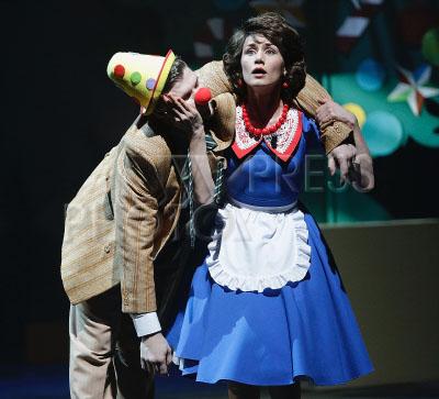 4197153 / Кривега и Бескровная. На снимке: актеры Алексей Кривега и Анастасия Бескровная.