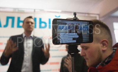 4207684 / Алексей Навальный. Открытие регионального предвыборного штаба Алексея Навального во Владимире. На снимке: глава Фонда борьбы с коррупцией Алексей Навальный.