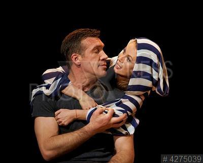 4275039 / Чернов и Скакун. Актеры Олег Чернов и Оксана Скакун.