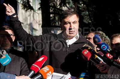 4300442 / Михаил Саакашвили. Лидер партии `Движение новых сил` Михаил Саакашвили прибыл на допрос в Службу безопасности Украины.