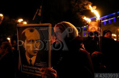 4303919 / Факельное шествие. Факельное шествие в честь 109-й годовщины со дня рождения лидера Организации украинских националистов (ОУН) Степана Бандеры.