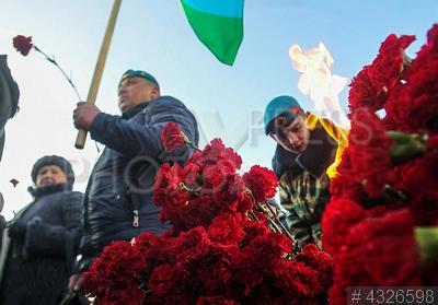 4326598 / День памяти воинов-интернационалистов. Акция в честь 29-ой годовщины со дня вывода советских войск из Афганистана. Возложение цветов к мемориалу воинам-интернационалистам к памятнику воинам-афганцам.