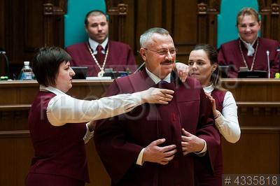 4335818 / Сергей Головатый. Судья Конституционного Суда Украины Сергей Головатый.