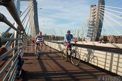 4378205 / Мост Бетанкура. Открытие движения по мосту Бетанкура через Малую Неву и остров Серный.