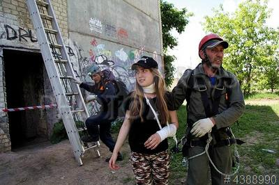 4388990 / Учения спасателей. Учения спасателей-добровольцев и профессиональных спасателей МЧС.