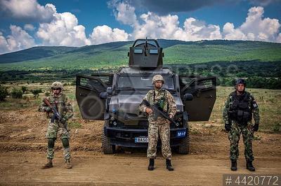 4420772 / Учения НАТО в Болгарии. Полигон `Ново село`. Масштабные учения сухопутных войск `Platinum lion - 18` (`Платиновый лев`) с участием воинских подразделений восьми стран - членов НАТО и стран - партнеров Альянса.