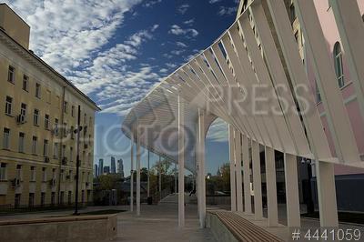 4441059 / Новый вход в Парк Горького. Новый вход в Парк Горького со стороны Ленинского проспекта.