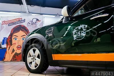 4479043 / Автомобиль `Mini Cooper`. Автомобиль `Mini Cooper` оператора каршеринга `МатрешCar`.