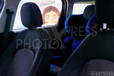 4479049 / Детское автокресло. Презентация автомобилей с детскими автокреслами оператора каршеринга `МатрешCar`.