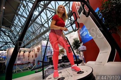 4479109 / Биомеханическая платформа Huber 360. Биомеханическая подвижная нестабильная платформа Huber 360 – первый в мире реабилитационный тренажер, сочетающий диагностику и реабилитацию.