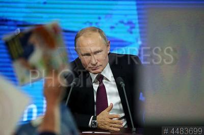 4483699 / Владимир Путин. Большая ежегодная пресс-конференция президента РФ. Президент России Владимир Путин.