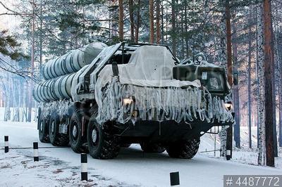 4487772 / Военные учения. Центральный военный округ. Плановая учебная тревога зенитного ракетного дивизиона ПВО, вооруженного ЗРК С-300ПМУ.