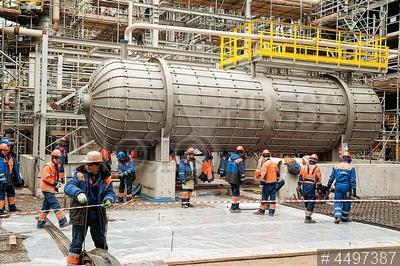 4497387 / Строительство завода `ЗапСибНефтеХим`. Компания `Сибур`. Строительство завода `ЗапСибНефтеХим` по переработке углеводородного сырья. Монтаж оборудования.