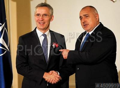 4509919 / Столтенберг и Борисов. Визит генсека НАТО в Болгарию. Генеральный секретарь НАТО Йенс Столтенберг (слева) и премьер-министр Болгарии Бойко Борисов.