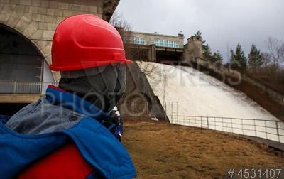 4531407 / Нарвская ГЭС. Нарвская гидроэлектростанция на реке Нарва. Показное комплексное учение по ликвидации аварийной ситуации в ходе пропуска паводковых вод.