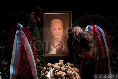 4544380 / Прощание с Элиной Быстрицкой. Прощание с актрисой Элиной Быстрицкой.