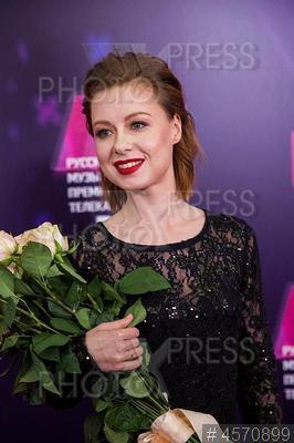 4570899 / Юлия Савичева. RU.TV 2019. Певица Юлия Савичева.