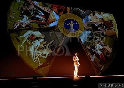 4599226 / Спектакль `Сны Босха`. Московский театр мюзикла. Спектакль-путешествие по вселенной Иеронима Босха `Сны Босха`.