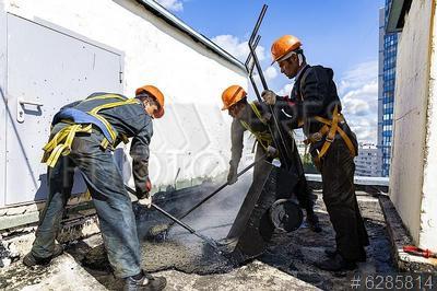 6285814 / Кровельные работы. Капитальный ремонт крыши здания. Технология вторичного использования рубероида. Кровельные работы.